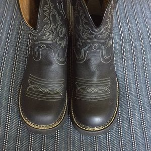 Ariat Shoes - Ariat FatBaby Cowgirl Boots Black Size 9